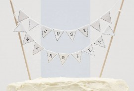 original_just-married-wedding-cake-bunting