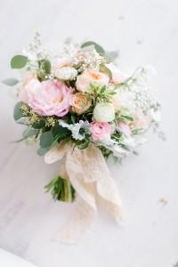 Voorjaars bruidsboeket